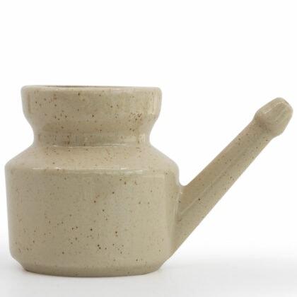 lota-gres-blanc-hygiene-nez-oreille-debardo